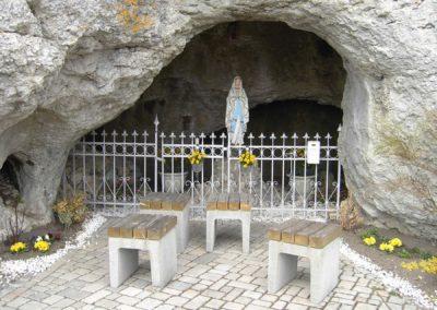 Ferienwohnung-Thiem-Umgebung-Kapelle